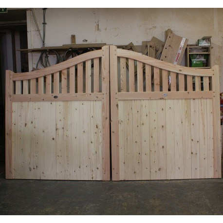 Douglas Fir/English Larch Swan Neck Driveway Gates from UK Timber Ltd