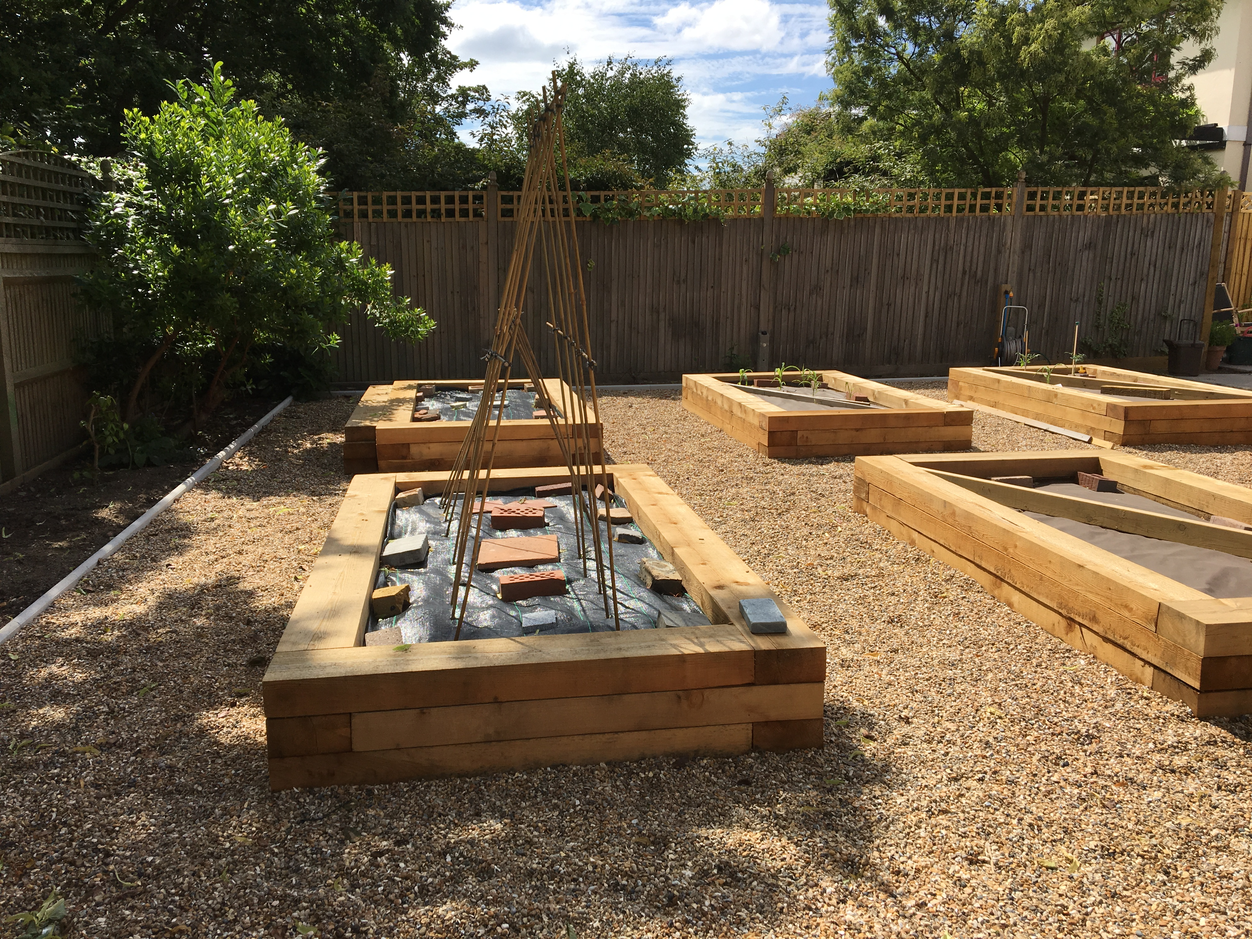 Siberian Larch Raised Beds Project